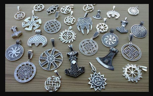 Серебряные амулеты для женщин